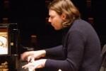 David Fray debuta en el Palau de la Música con la OV para interpretar el 'Concierto para piano núm. 2' de Beethoven. (Foto- Inma Romeu).