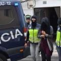 Detienen en Vitoria a un marroquí que captaba y adoctrinaba a jóvenes y en Alicante a una mujer española que colaboraba con la organización terrorista DAESH.