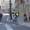 El Anillo Ciclista estrena un nuevo tramo desde la calle La Paz hasta la Porta del Mar.
