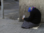 Según el estudio de la UAB, las posibilidades de alcanzar el objetivo de reducir la pobreza en España antes de 2020 parecen particularmente escasas. /Zaprittsky