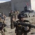 Fuerzas militares iraquíes toman el aeropuerto de Mosul.