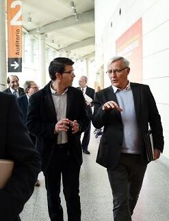 Jorge Rodríguez y Joan Ribó en las Jornadas municipalistas en el Palacio de Congresos. (Foto-Abulaila).