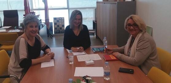 La concejala de Bienestar Social, Consol Castillo, busca adaptar los servicios sociales de la ciudad de València a la legislación vigente.
