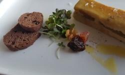 Lingote de foie micuit, hígado de pato graso semicocido y manzana caramelizada (1)