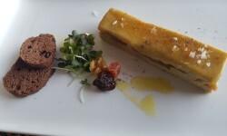 Lingote de foie micuit, hígado de pato graso semicocido y manzana caramelizada (2)