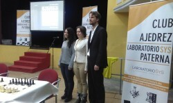 Marta García, Mariya Muzychuk y Enrique Llobell