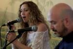 Nacho Mañó y Gisela Gines dan voz al conflicto sirio con el concierto 'Tonada por los refugiados'.