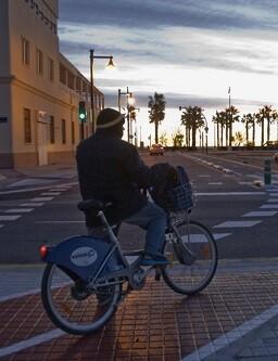 Nuevo carril bici en Tarongers.
