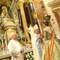Ofrenda-a-nuestra-Patrona-la-Virgen-de-los-Desamparados-de-las-falleras-mayores-2-1024x683