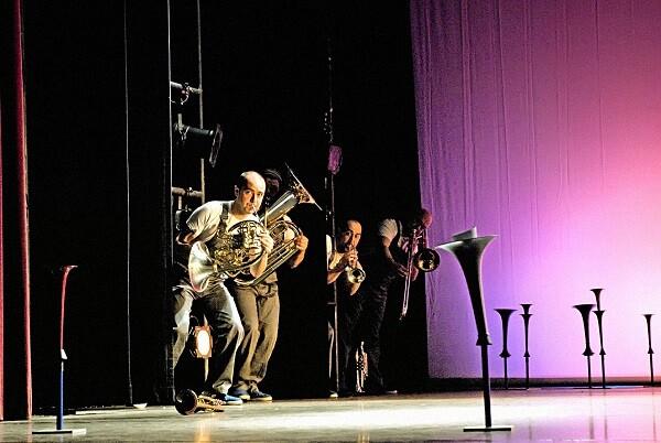 Spanish Brass presenta en el Palau un sorprendente y divertido espectáculo de viento y metal para toda la familia.