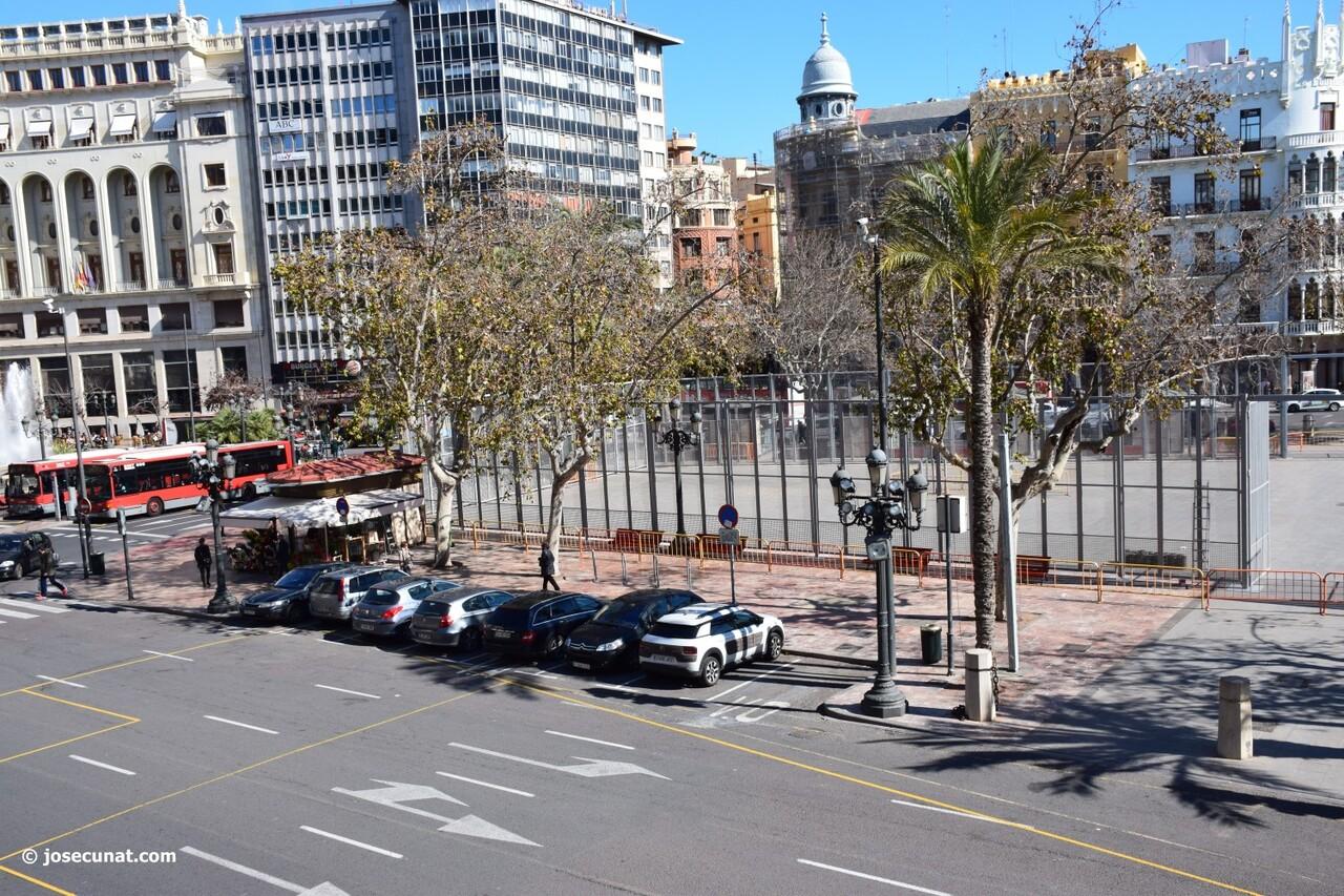balcón del ayuntamiento 'Nit del Espolín', un espectáculo que unirá la artesanía sedera y la pirotécnia (68)