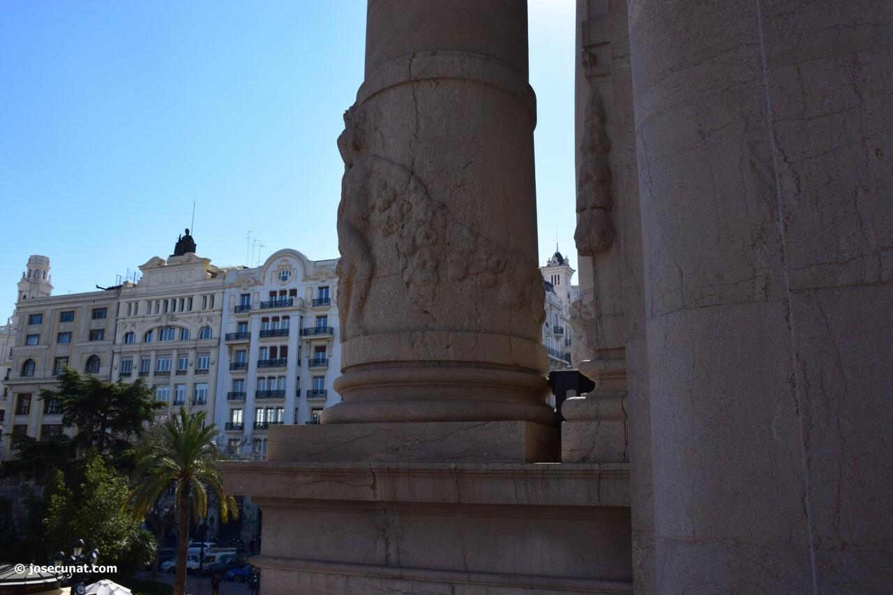 balcón del ayuntamiento 'Nit del Espolín', un espectáculo que unirá la artesanía sedera y la pirotécnia (69)