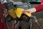 Baja la gasolina un 0,33 por ciento y el gasóleo, un 0,81 por ciento.