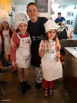 Buenas Migas con Radio Valencia Cadena SER, actividad culinaria infantil cocina20170325_103235 (249)