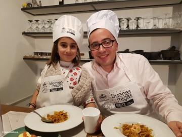 Buenas Migas con Radio Valencia Cadena SER, actividad culinaria infantil cocina20170325_103235 (285)