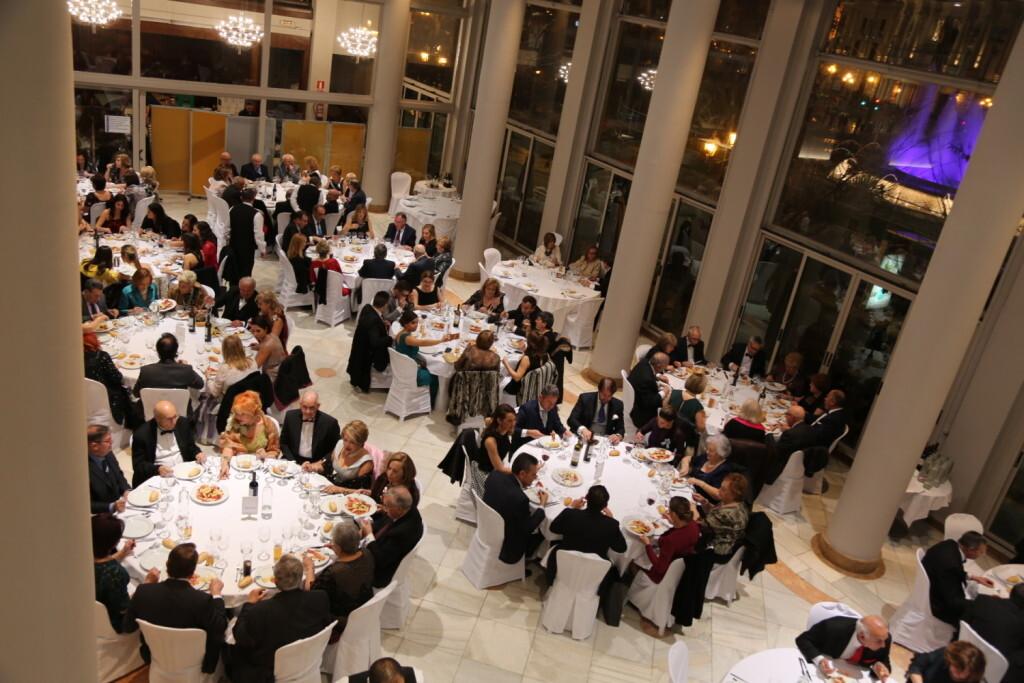 El Ateneo Mercantil de Valencia celebra su Gala Fallera (2)