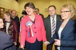 El DUP se impone en al Sinn Féin en Irlanda del Norte por sólo un escaño.