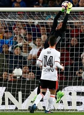 El Valencia salió en busca de la victoria en todo momento. (Foto-Lázaro de la Peña).