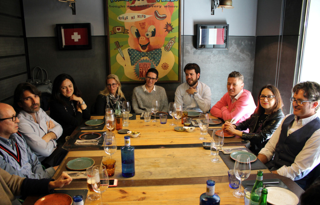 Empresarios del Club Moddos durante el almuerzo
