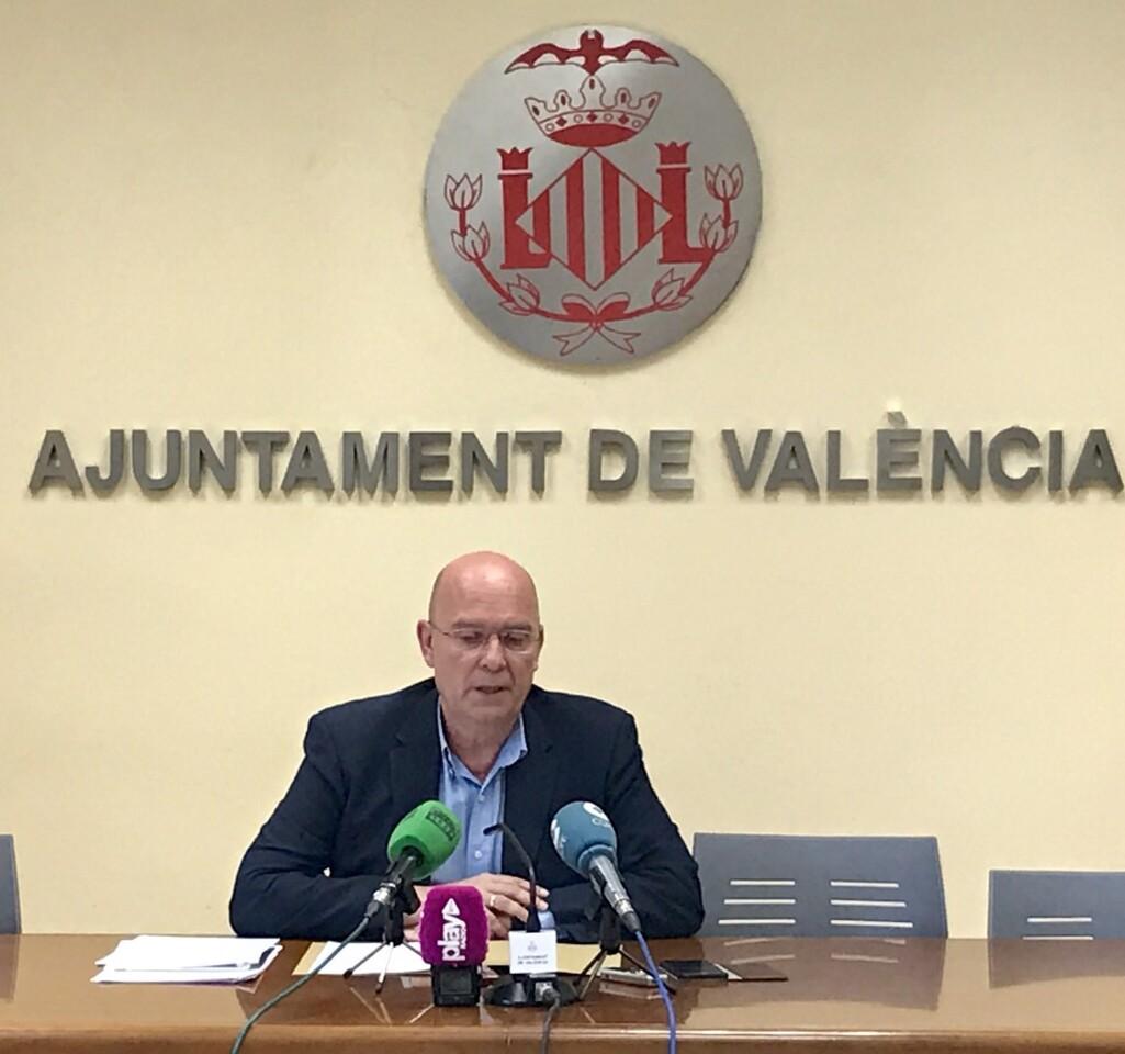 Félix Crespo 'Proponemos que las Fallas del ayuntamiento de 2018 las elijan las 390 comisiones de la ciudad' (2)