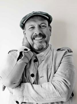 Javier Ruibal.