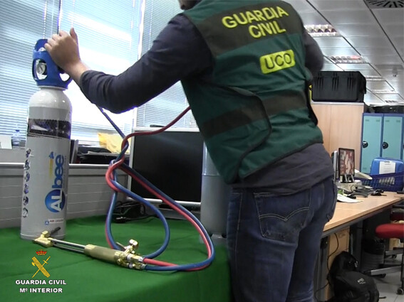 La Guardia Civil desmantela la organización más activa y especializada en el robo de cajas fuertes en entidades bancarias