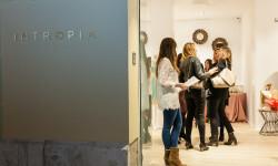 La firma española INTROPIA cambia de ubicación en Valencia y apuesta por un concepto más boutique (43)