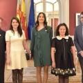 Las reinas de las fiestas de la Magdalena 2017 visitan Les Corts Valencianes (1)