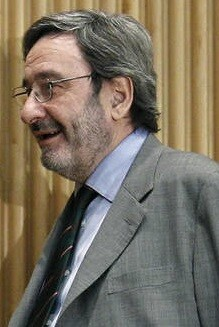 Narcía Serra.