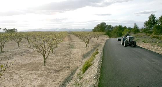 Se podrán financiar las obras que signifiquen una mejora permanente de los caminos rurales.