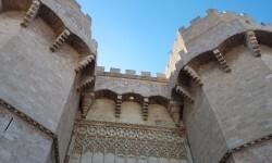 Torres de serranos Turismo de Valencia pone en marcha Fallas tour (4)