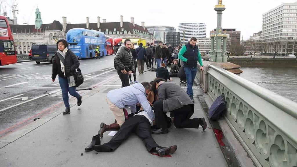 Un ataque terrorista a las puertas del Parlamento británico deja al menos dos muertos y varios heridos (2)
