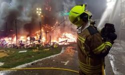 homenaje a los bomberos de Valencia en Fallas 20170319_224057 (12)