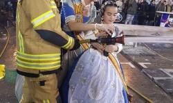 homenaje a los bomberos de Valencia en Fallas 20170319_224057 (18)