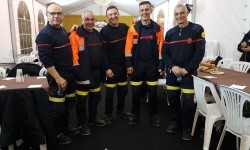 homenaje a los bomberos de Valencia en Fallas 20170319_224057 (3)