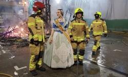 homenaje a los bomberos de Valencia en Fallas 20170319_224057 (36)