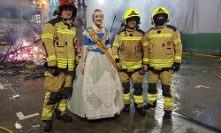 homenaje a los bomberos de Valencia en Fallas 20170319_224057 (38)
