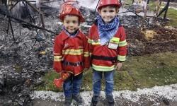homenaje a los bomberos de Valencia en Fallas 20170319_224057 (59)