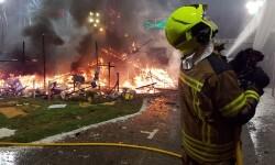homenaje a los bomberos de Valencia en Fallas 20170319_224057 (9)