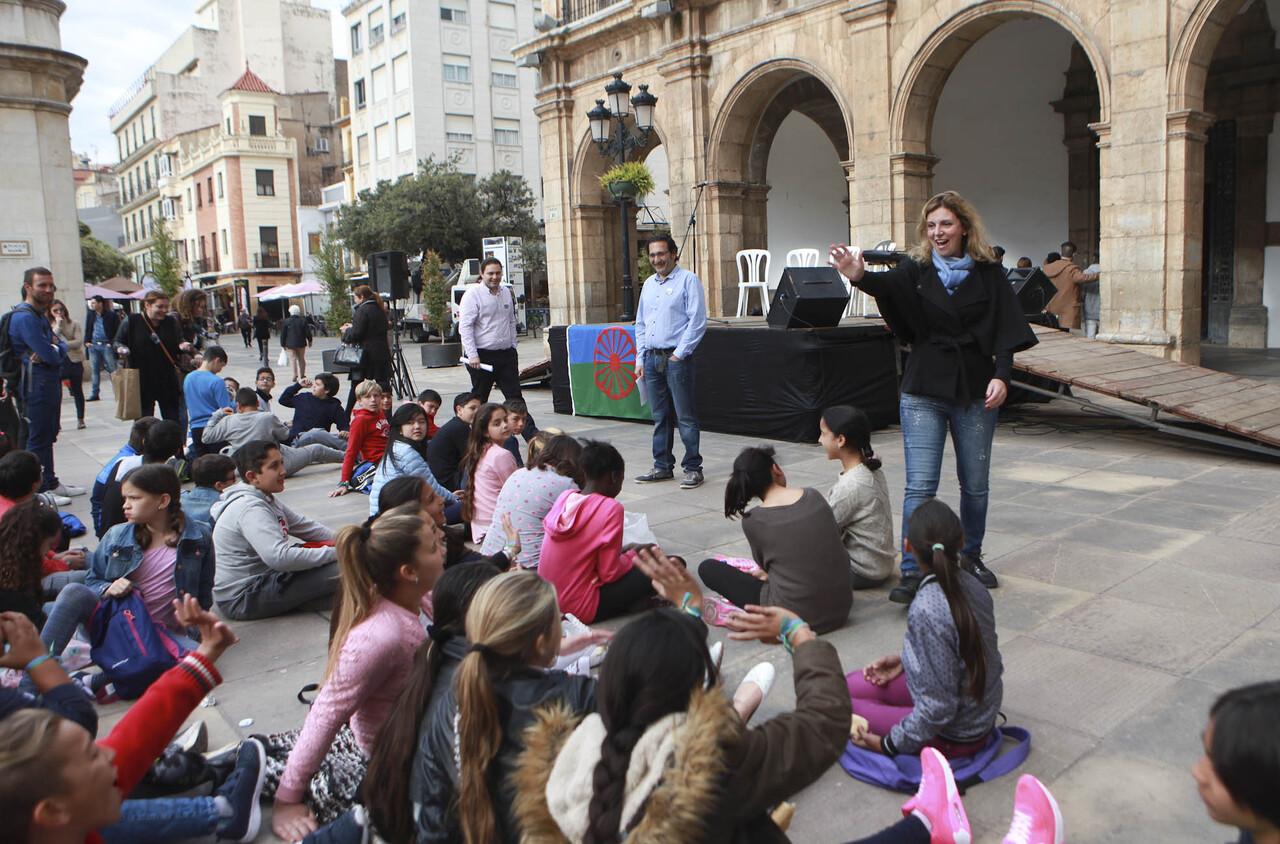 170405 celebración día del poble gitano (2)
