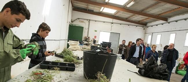 Alumnos en las instalaciones de la Escuela de Capataces de Catarroja. (Foto-Abulaila).
