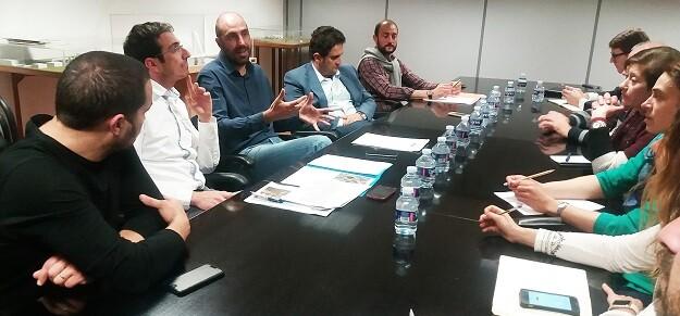 El diputado de Carreteras se ha reunido esta mañana con el alcalde y representantes de todos los partidos en la Corporación local.
