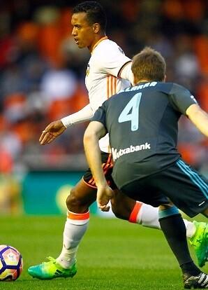 El esfuerzo del Valencia CF no dió un vuelco al marcador. (Foto-Lázaro de la Peña).