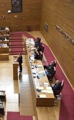 El parlamento valenciano ha estrenado la red CORTSLLIURE, dedicada a invitados. (Corts)