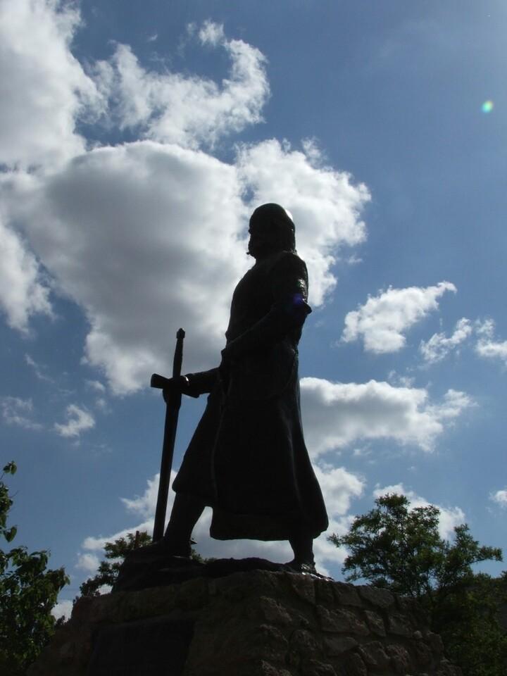 Escultura del Cid. El Poyo del Cid, Teruel (Cappa Segis)