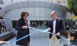 El alcalde de Alicante Gabriel Echávarri inaugura el nuevo acuario de la Plaza Nueva Foto; Ayuntamiento de Alicante/Ernesto Caparrós