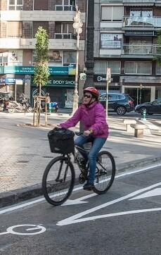 Incluso con los días de Fallas entre medio han pasado de media 2.384 bicis al día.