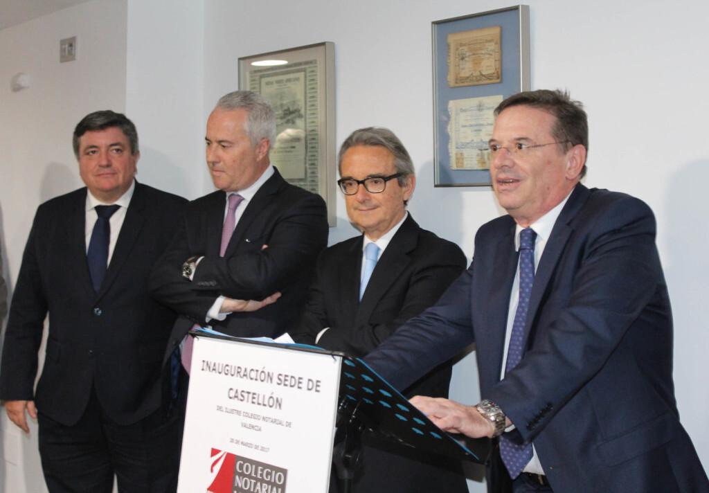 Intervencion Decano con autoridades notariales