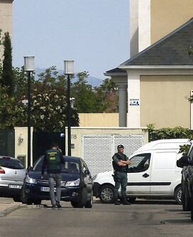 La Guardia Civil en la casa de Ignacio González.