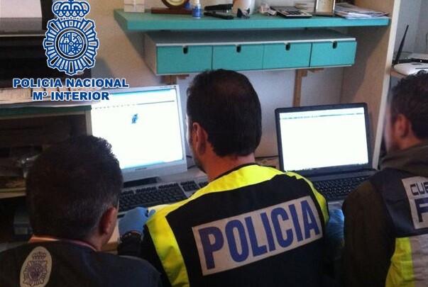 La UIT junto a la Interpol y Europol desarticulan la mayor red de distribución de pornografía infantil en WhatsApp.